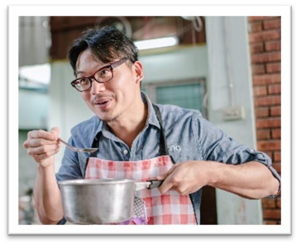 Dang Foods co-founder, Vincent Kitirattragarn